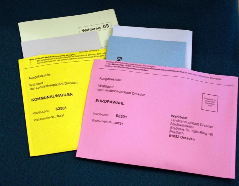 Wahlunterlagen 2009 Quelle: http://dresden.stadtwiki.de/sw/images/3/39/Briefwahlunterlagen_Kommunalwahl_2009.jpg